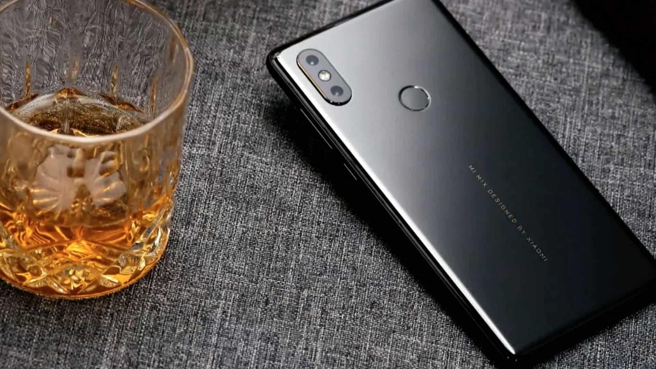 Xiaomi Mi Mix 2S (Smartphone) Review 13