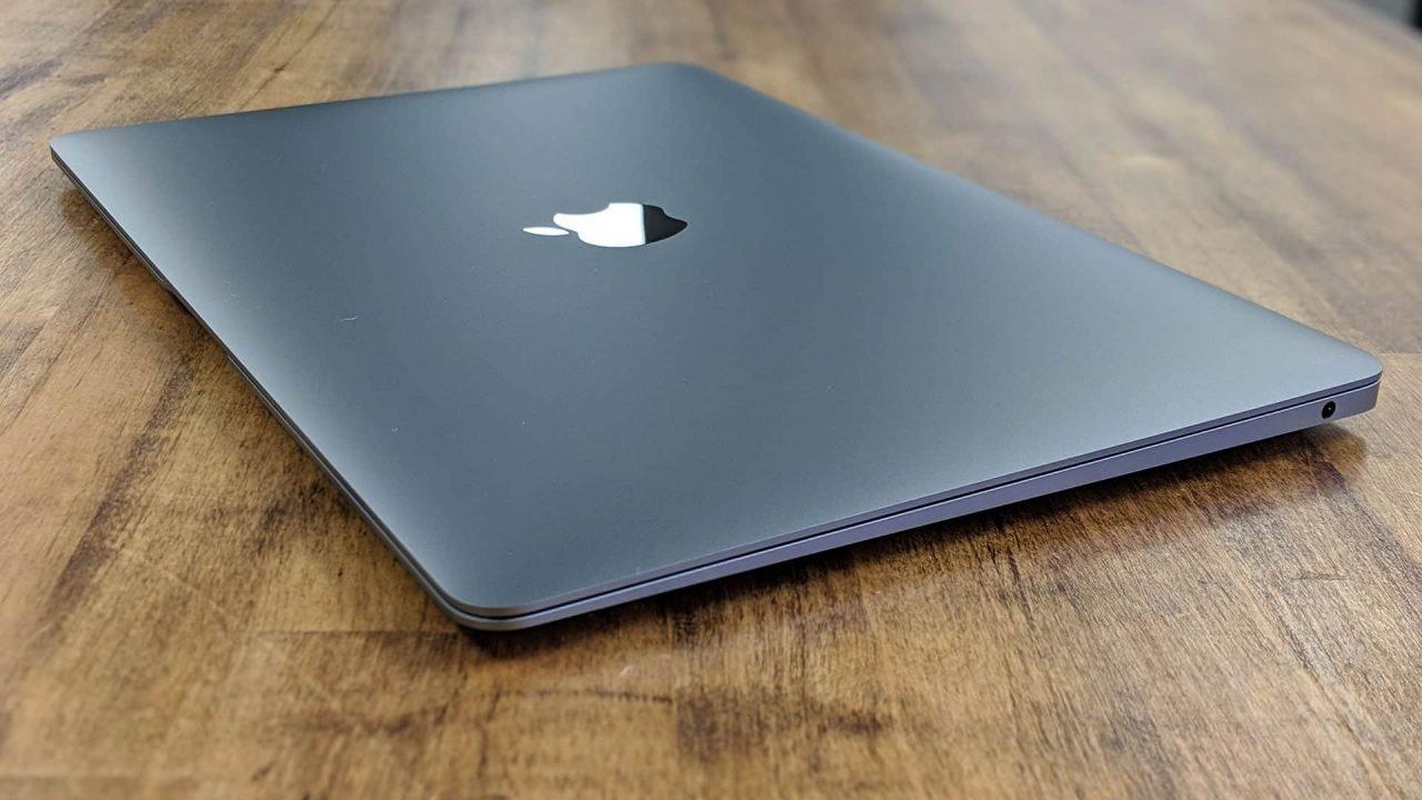 Apple Macbook Air (2018) Review