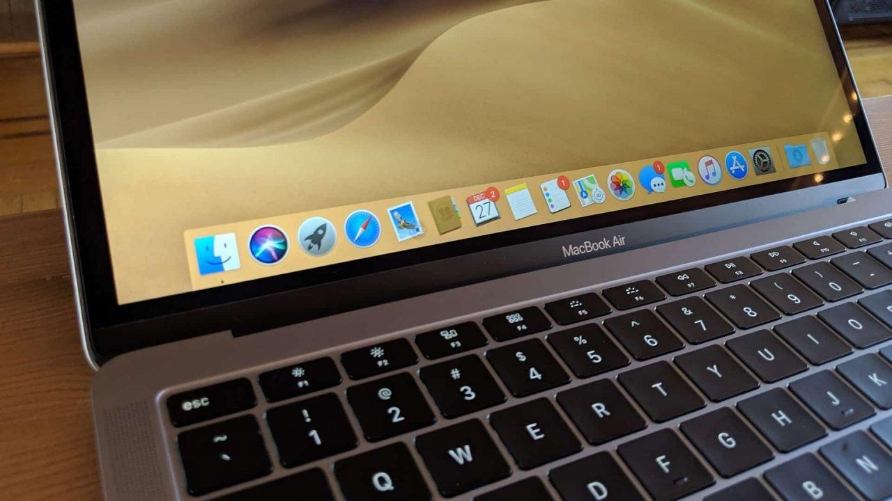 Apple Macbook Air (2018) Review 2