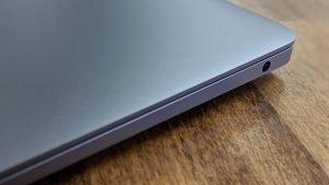 Apple Macbook Air (2018) Review 4