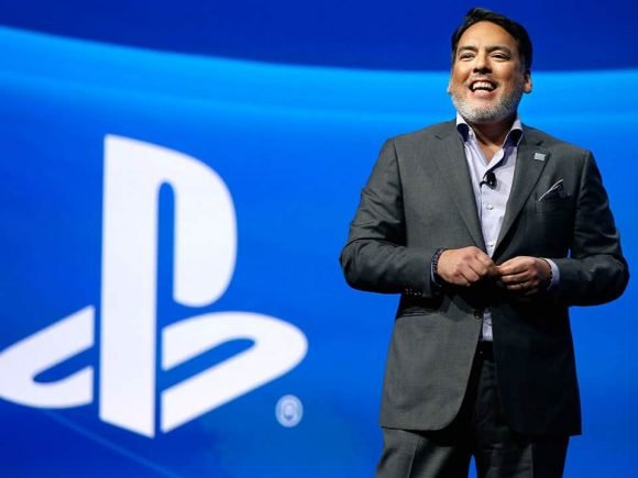 PlayStation CEO Now Blaming Developers For Lack of Crossplay, Developers Disagree