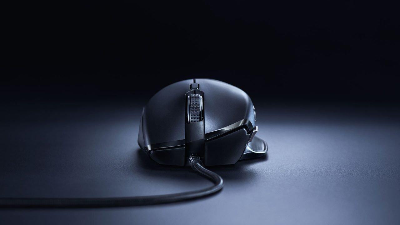 Razer Basilisk Essential (Hardware) Review 1