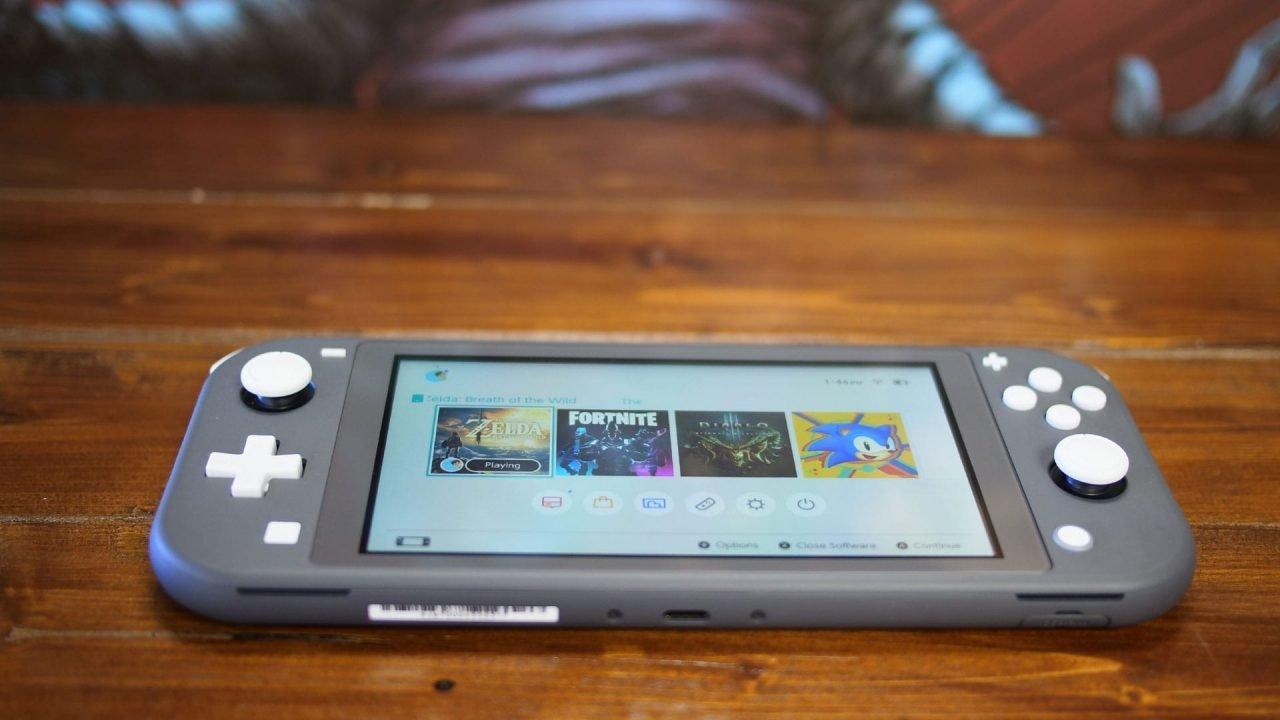 Nintendo Switch Lite Review 5