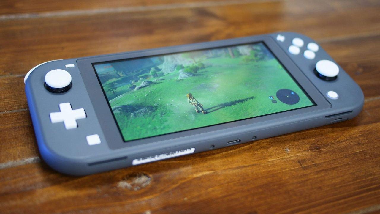 Nintendo Switch Lite Review 7