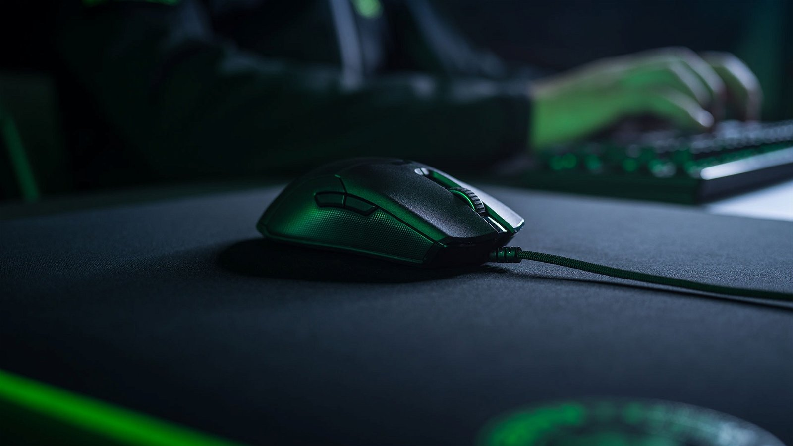 Razer Viper Gaming Mouse (Hardware) Review 1
