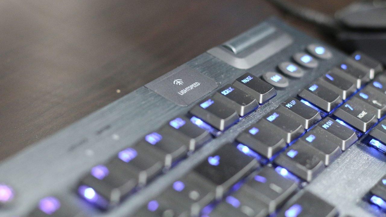 Logitech G915 Keyboard Review 6