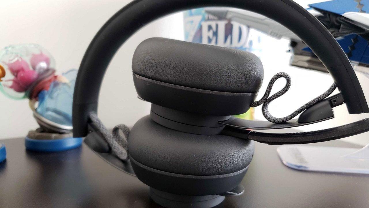 Logitech Zone Wireless Headset Review 3