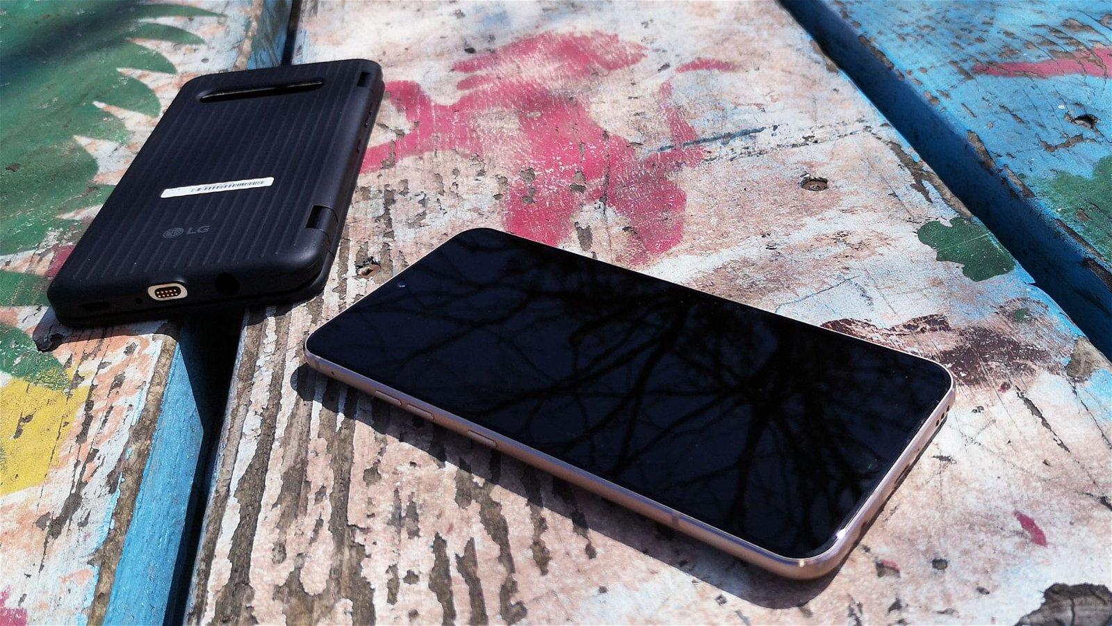 LG V60 5G ThinQ Dual Screen Review 13