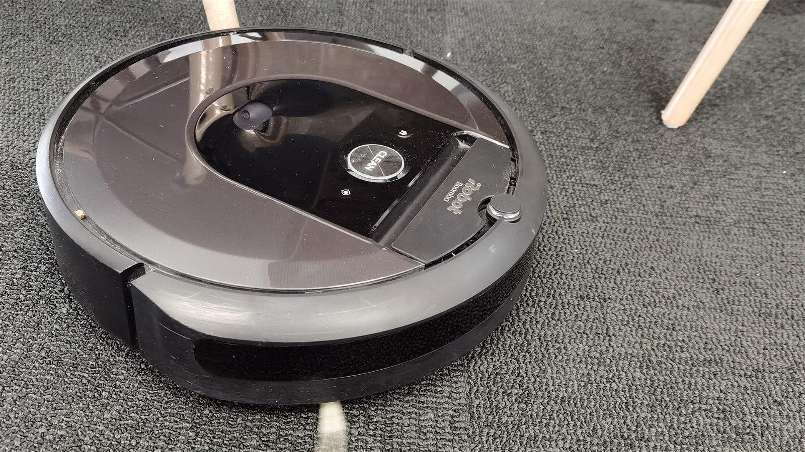 iRobot Roomba i7+ 1