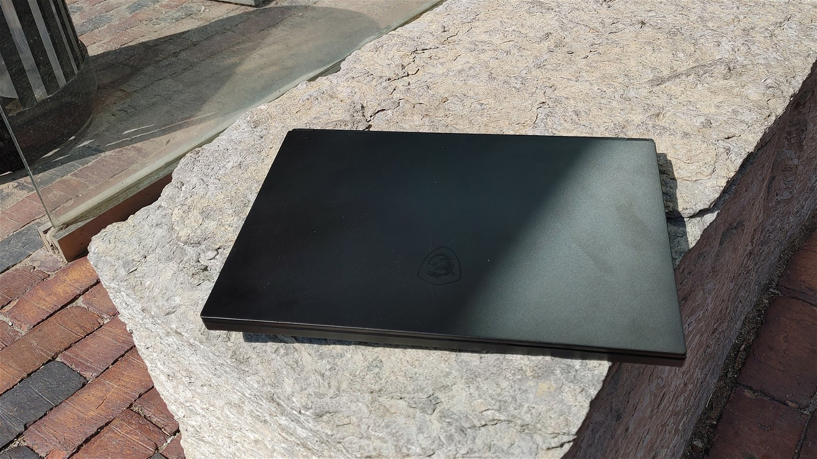 MSI GS66 Stealth Laptop Review 1