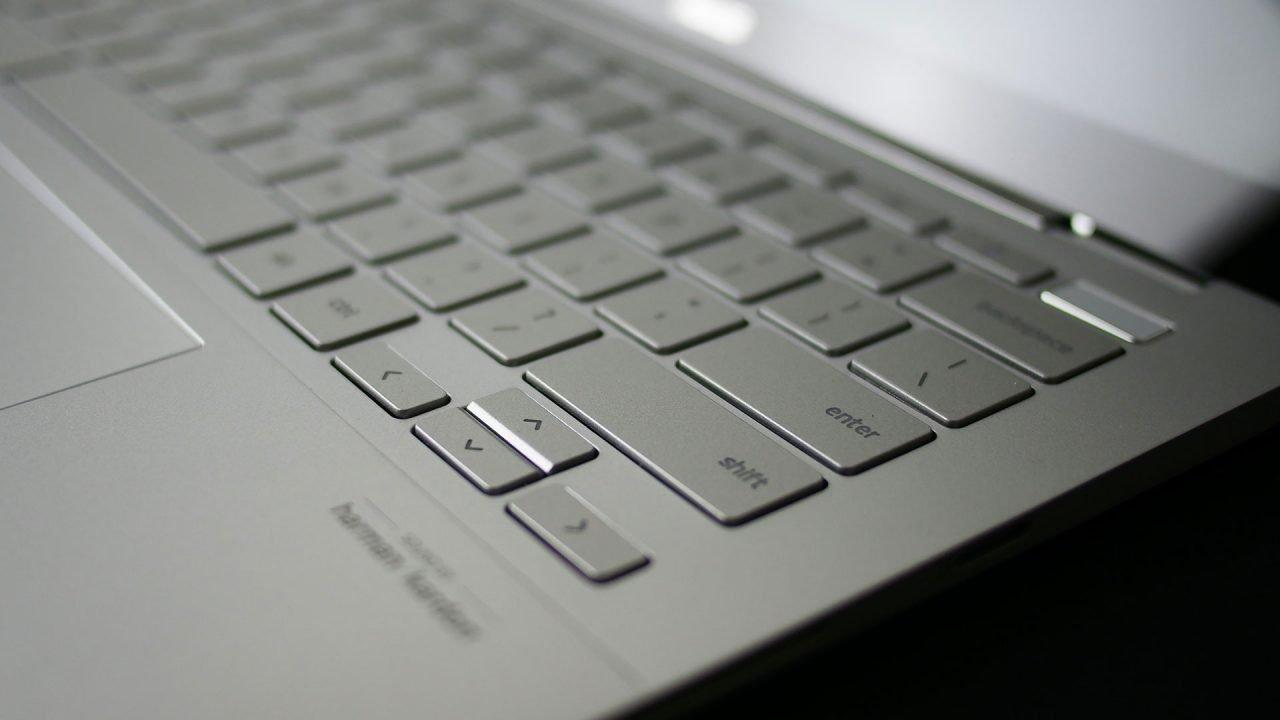 Asus Chromebook Flip C436 Review 2