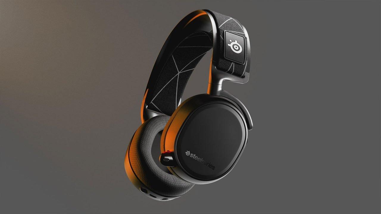 Steelseries Arctis 9 Wireless Headphone Review 3