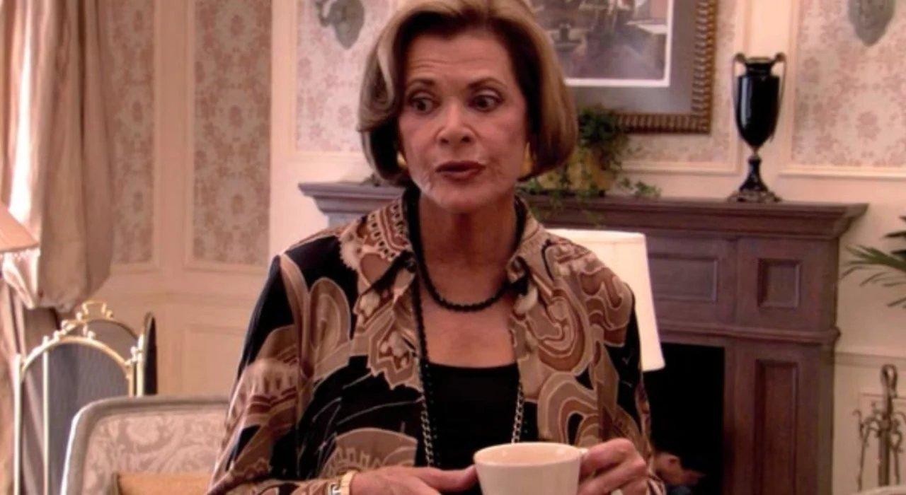 Jessica Walter Dies at 80 1
