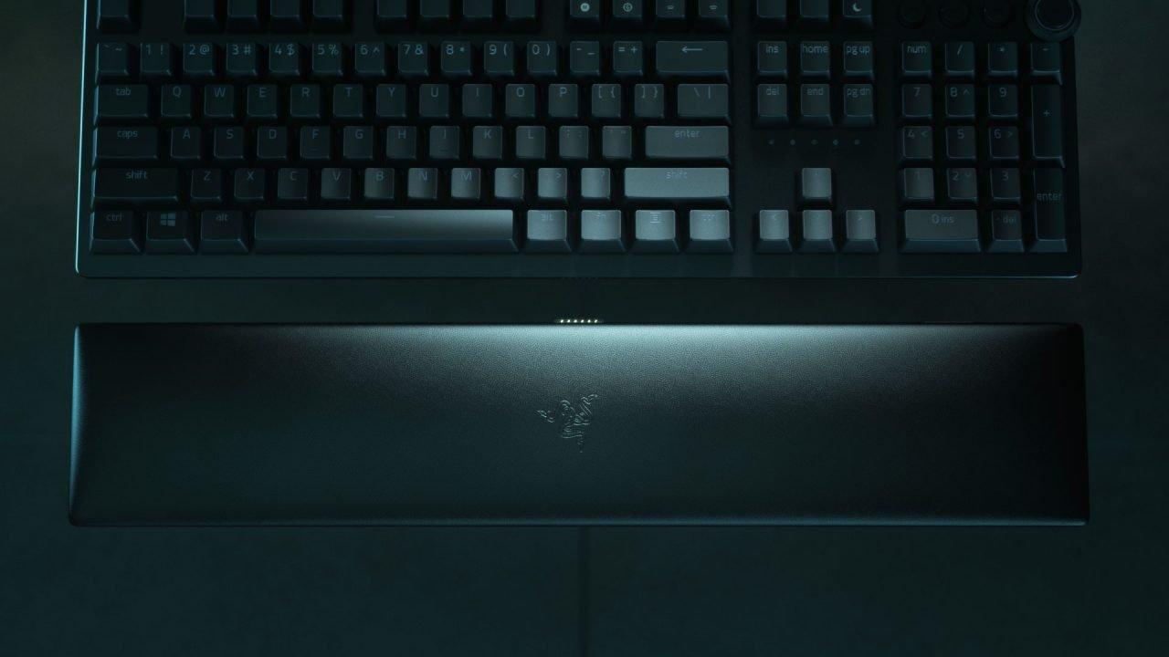 Razer Huntsman V2 Analog Review 1
