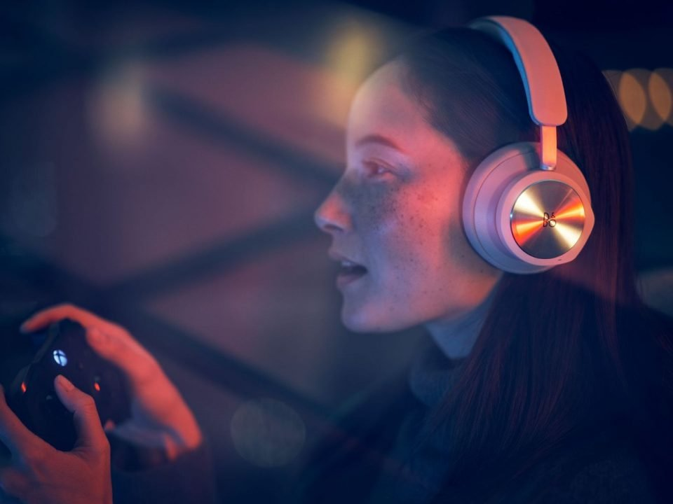 Icymi: Microsoft And Bang &Amp; Olufsen Have A $500 Xbox Headset They Want To Sell You 2