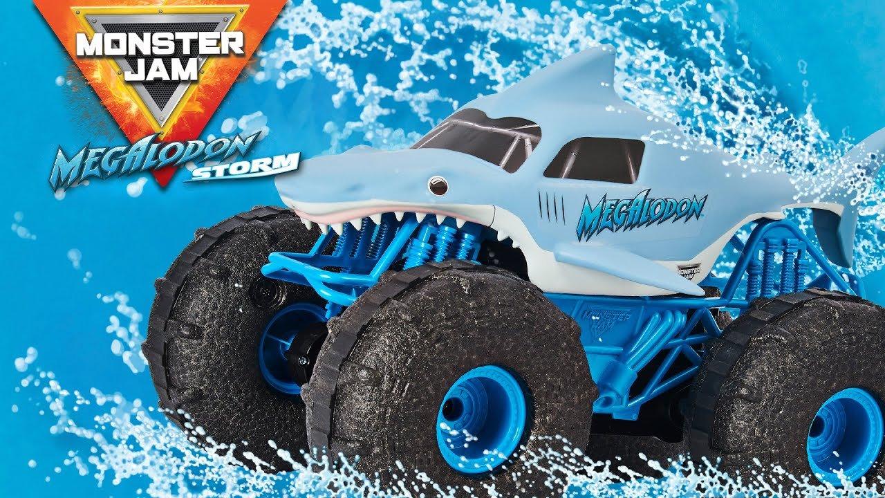 Spin Master Monster Jam Megalodon Storm RC Car Review 2