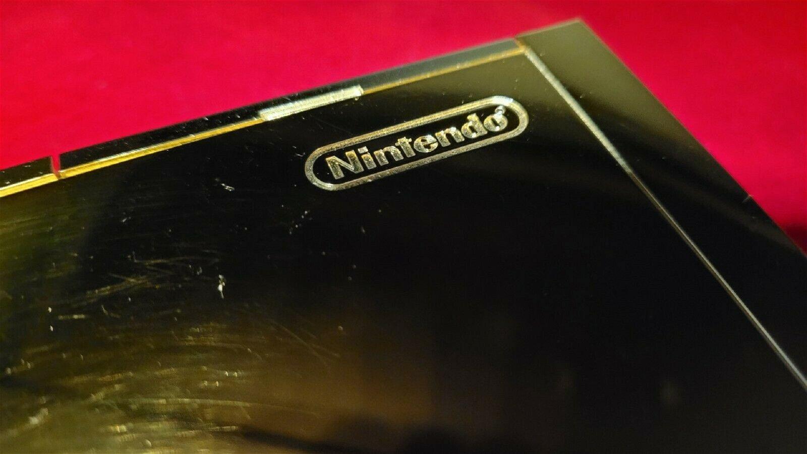Queen Elizabeth's 24 Karat Gold Wii Is Up For Sale 1