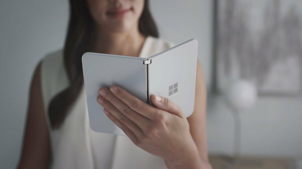 Microsoft'S Nintendo Ds—The Surface Duo 2