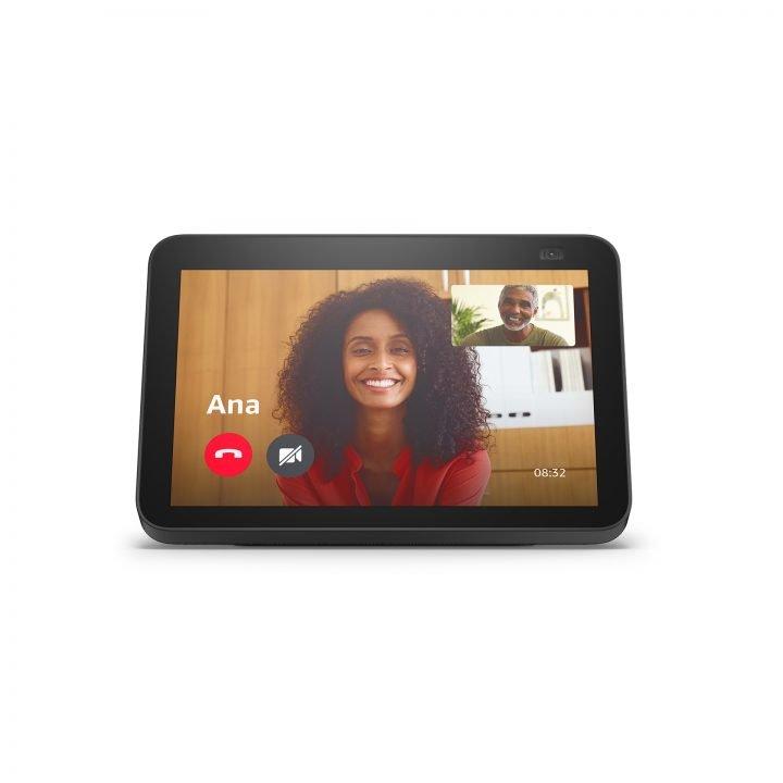 Amazon Echo Show 8 (2021) Review 1