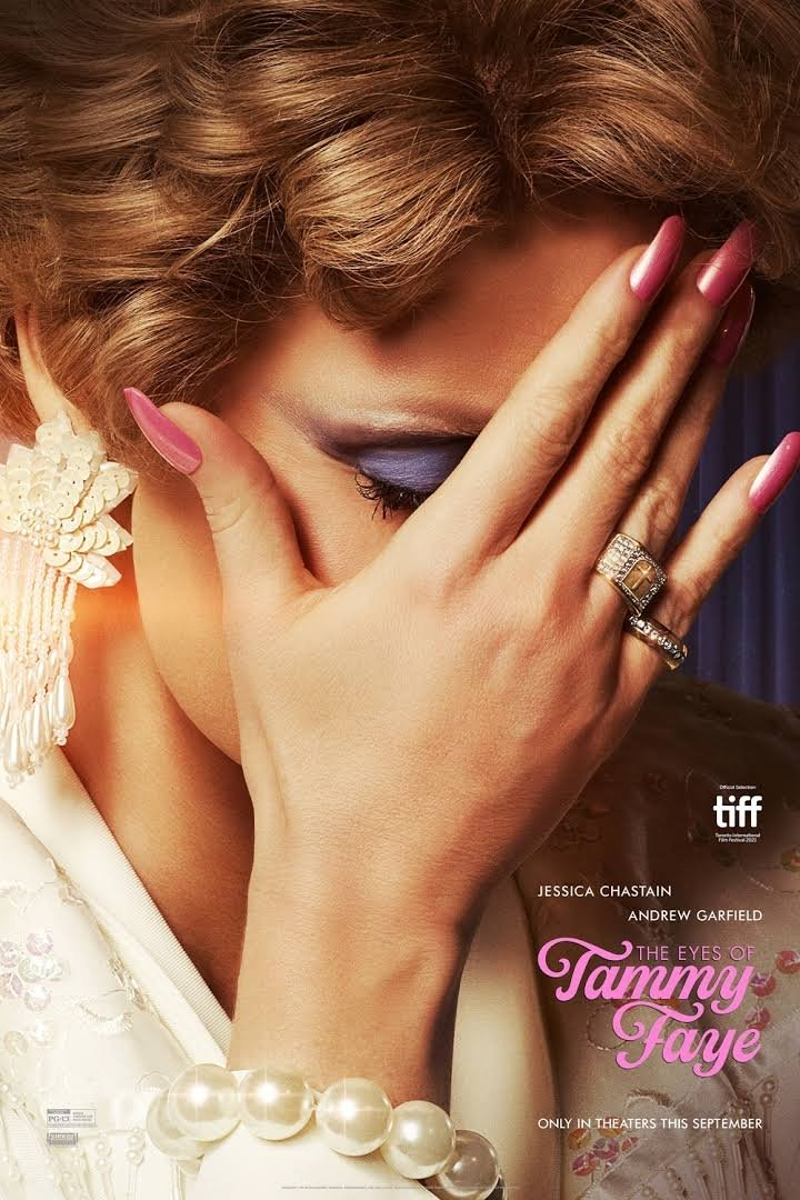 The Eyes of Tammy Faye Review - TIFF 2021
